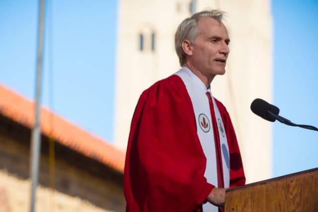 美国斯坦福大学校长2017新生演讲:保存好奇心,服务世界,忠于自...