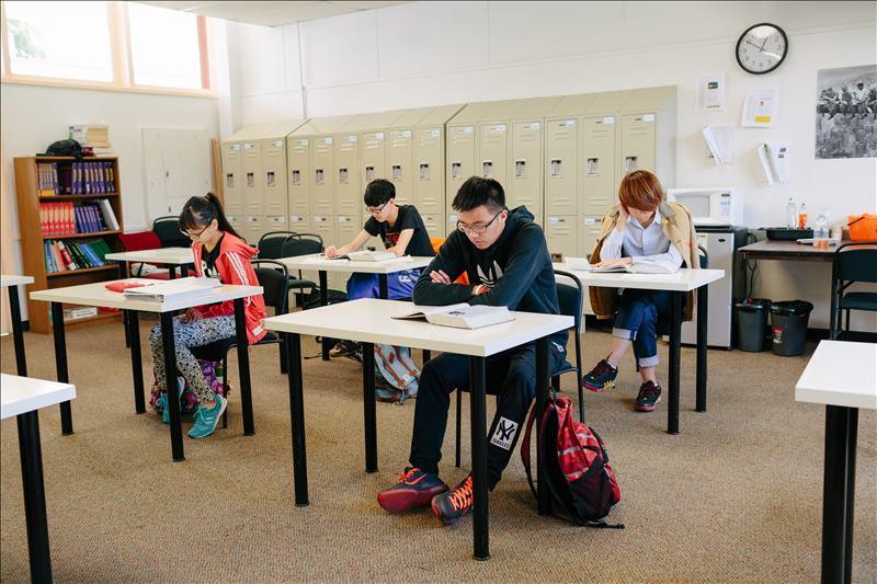 谈谈加拿大高等教育体系及其学位制度介绍