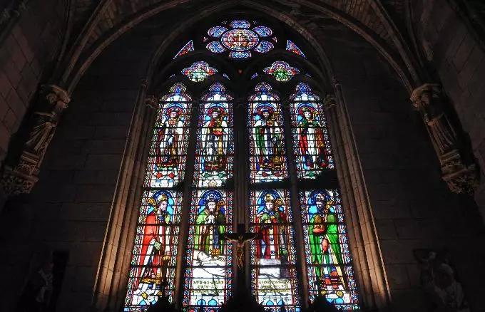 心痛之夜!巴黎圣母院突发大火