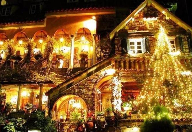 圣诞来临,看世界各地如何狂欢